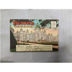 1942 VICTORIA CANADA POSTCARD BOOKLET W/ TWENTY V.G. FULL COLOR ILLUSTRATIONS