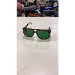 COOL PAIR OF VINTAGE GREEN LENSE GLASSES