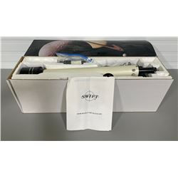 SWIFT TELESCOPE MODEL 860R W/ ORIGINAL BOX