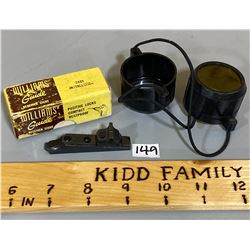 WILLIAM RECEIVER SIGHT W / ORIG BOX & VINTAGE LENSE COVERS