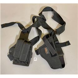 UNCLE MIKE'S SIDEKICK CANVAS HOLSTER -  SZ S