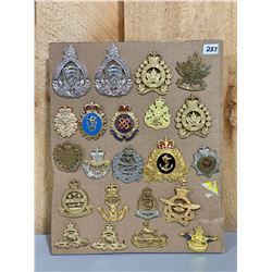 LOT OF 22 CND POST 1953 CAP BADGES
