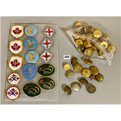 15 X CND POCKET BADGES & QTY TUNIC BUTTONS