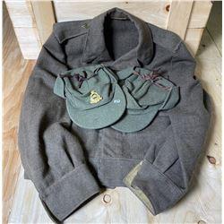DMC 1943 WINTER CAPS & CND BATTLE DRESS BLOUSE