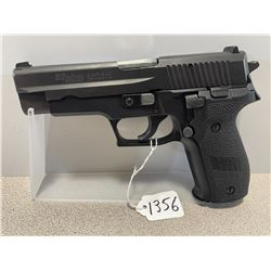 SIG SAUER  MODEL P226 9 MM PARA