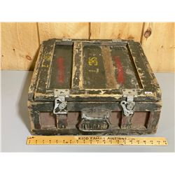 CANADIAN ISSUE MILITARY MINE DETECTOR MODEL NO 4C