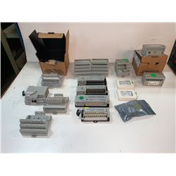LOT OF ALLEN-BRADLEY MODULES (SEE PICS)