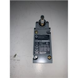 NEW - ALLEN-BRADLEY 802T-ATP OILTIGHT LIMIT SWITCH
