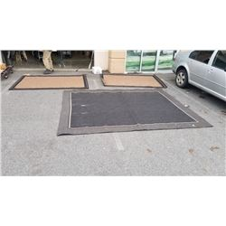 3 OUTDOOR AREA CARPETS - APPROX 10 X 8 FOOT AND  7.5 FOOT BY  5 FOOT 2 INCHES