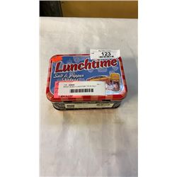 BRADY BUNCH LUNCHTIME TIN W/ SALT AND PEPPER SHAKERS  - NEW