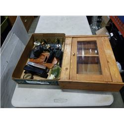 TRAY OF VINTAGE COLLECTABLES AND SMALL WOODEN CASE