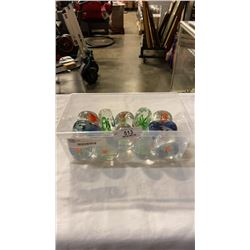 LOT OF ART GLASS FISH PAPER WEIGHTS