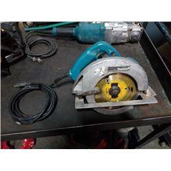 Makita circular saw tested and working