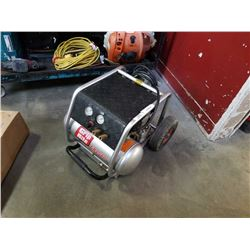 GRIP RITE GR2540 PORTABLE AIR COMPRESSOR - TESTED AND WORKING