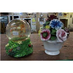 "Snow Globe (Frogs) & Porcelain Flowers ""Radnor"""