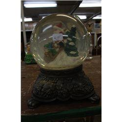 Musical Snow Globe with Metal Bottom