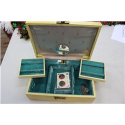 Jewelry Box with Swing-out Trays