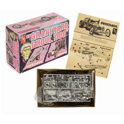 Graveyard Ghoul Duo Model Kit.