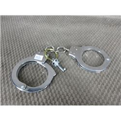 Hand Cuffs with Key made in Taiwan