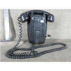 Antique Bakelite Hand Crank Telephone (Call Central)