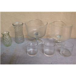 Multiple Glassware: 3 Cylinder Vases, 2 Bowls on Pedestal Bases, Ribbed Vases