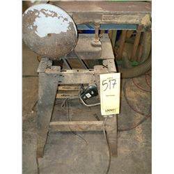 BELT SANDER, RUNS  AKA LOT 102