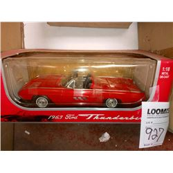 1:18 SCALE 1963 FORD THUNDERBIRD SPORTS ROADSTER