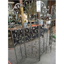 6 FT X 55 IN WIRE TRI-FOLD ROOM DIVIDER