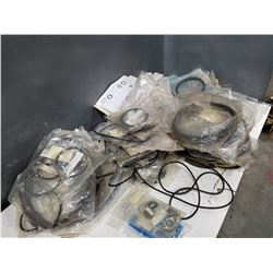 "LOT OF MISC SEALS, ""O"" RINGS, SPACERS, FLEX BANDS, ECT. *SEE PICS FOR DETAILS*"