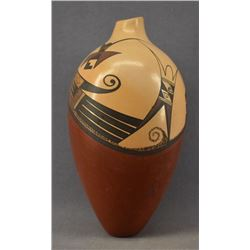HOPI INDIAN POTTERY VASE (FAWN GARCIA NAVASIE )