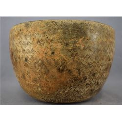 PRE-COLUMBIAN CHINESCO POTTERY BOWL