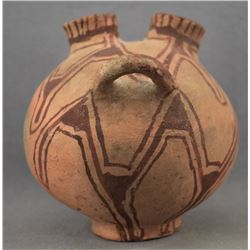 MOJAVE INDIAN POTTERY VASE