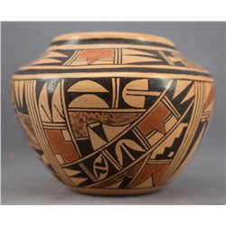HOPI INDIAN POTTERY JAR (EMMA NAHA)