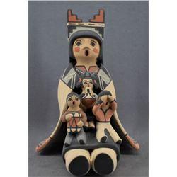 JEMEZ INDIAN POTTERY STORY TELLER ( LINDA LUCERO FRAQUA)