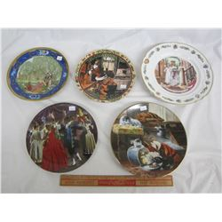 5 Collectors Plates Children , Santa ect boxes and COA