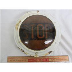 Vintage Auto Stop Lense cracked