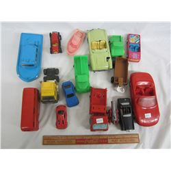 Lot of 16 mixed plastic toys cars, boats ect