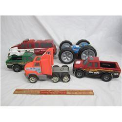 Lot of 5 vintage plastic Tonka toys
