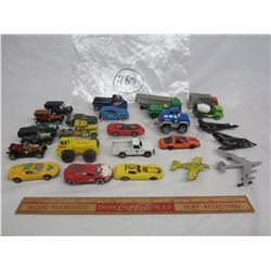 Lot of 25 mixed hot wheels style cars and trucks