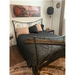 Queen Size Bed w Headboard & Mattress