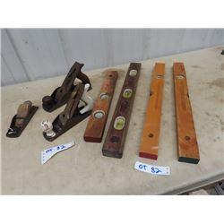 3 Wood Planers & 4 Wood Levels