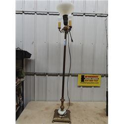 Torche Floor Lamp