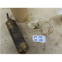 Pyrene Brass Fire Extinguisher, Fire Chief Grenade Fire Extinguisher w Wall Mount