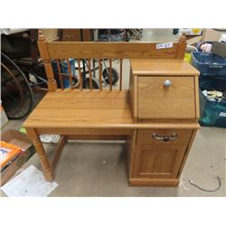 "Hall Bench - Modern Oak 33"" W"