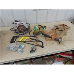 Power Circ Saw, Jig Saw, Hack Saw, Hammer, Tool Belts, Castors, & Security Light