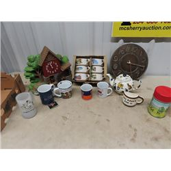 Cat Teapot, Campbell Soup Bowls, Clocks, Thermos & More!