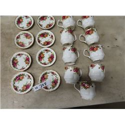 8 Royal Albert Old Country Roses Coffee Mugs w Plates (Saucers/Dainty Plate) Exec Cond.