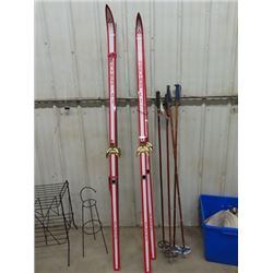2 Sets of Fisher Cross Country Skis