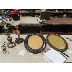 2 Oval Picture Frames, 1 has no Glass, 1 Retro Lamp & 1 Brass Lamp