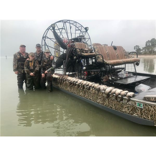 Duck Hunt at Baffin Bay for 1 Day 2 Hunters
